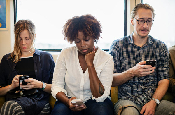 How Social Media Seriously Harms Your Mental Health 2
